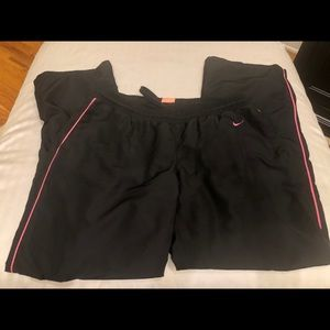 Nike Wind Pants, Black and pink, medium